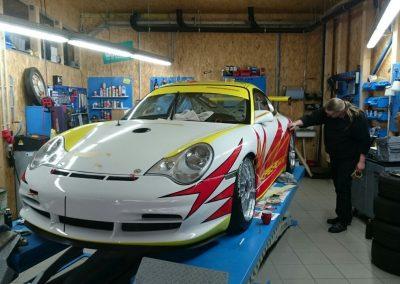 Porsche 996 Rennwagen Teilfolierung bei Exit Car Service Exit Cars & Bikes (25)